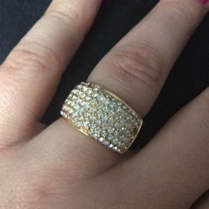 Jewelry - Beautiful diamond ring 💍size 8